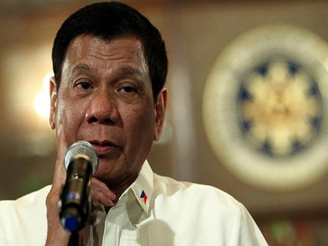Philippines đồng ý mua súng của Trung Quốc
