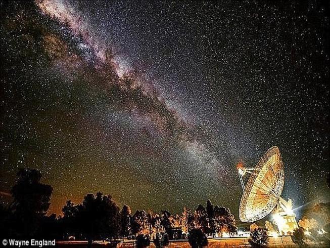 Nhà khoa học Mỹ gửi tín hiệu đến người ngoài hành tinh