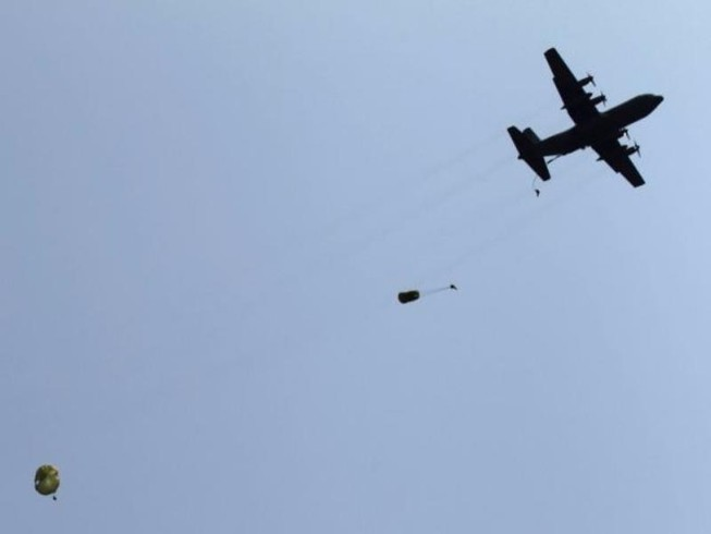 Phi công Hàn Quốc ấn nhầm nút làm rơi vũ khí xuống biển