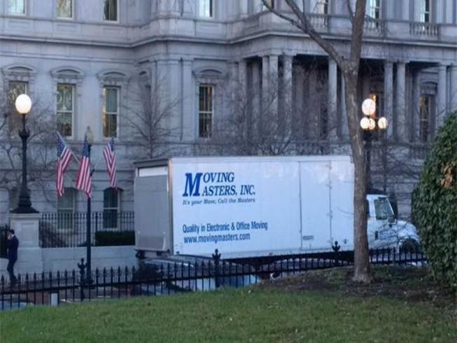 Tổng thống Obama bắt đầu dọn khỏi Nhà Trắng?