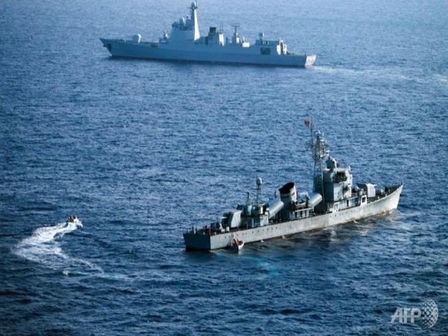 Philippines lo Bắc Kinh sẽ sớm xây đảo ở Scarborough