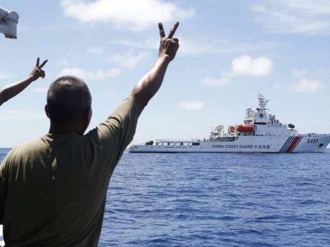 Trung Quốc mời tuần duyên Philippines sang thăm