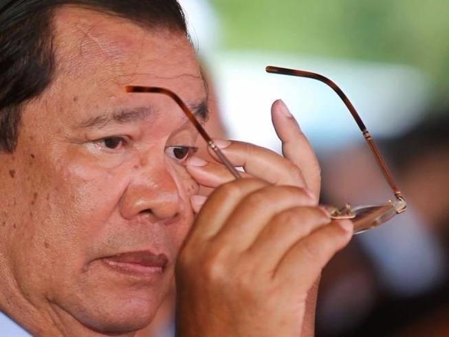 Ông Hun Sen dọa giải thể đảng đối lập Campuchia