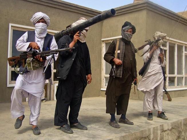 Thủ lĩnh Taliban lệnh không đối đầu IS nữa