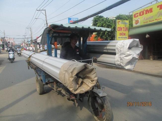 TP.HCM xử lý nghiêm xe ba bánh chở hàng cồng kềnh