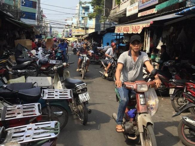 Chiếm đường làm nơi đậu xe
