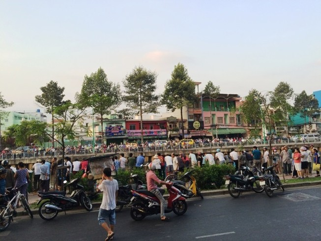Phát hiện thi thể nam sinh trôi trên kênh Nhiêu Lộc - Thị Nghè