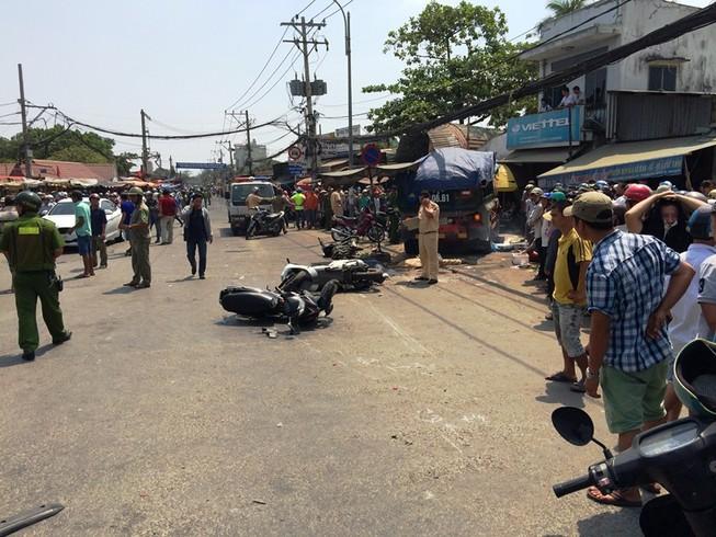 2 người chết, 5 người bị thương trong vụ tai nạn kinh hoàng ở Gò vấp