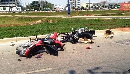 Người đàn ông say xỉn gây tai nạn trên đại lộ