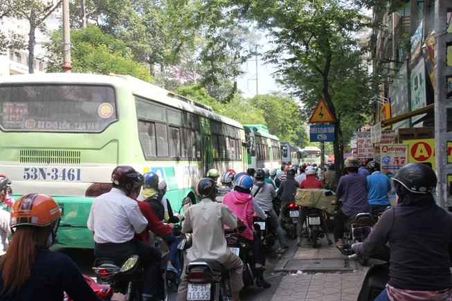 Người TP.HCM sẽ được xài vé điện tử khi đi xe buýt