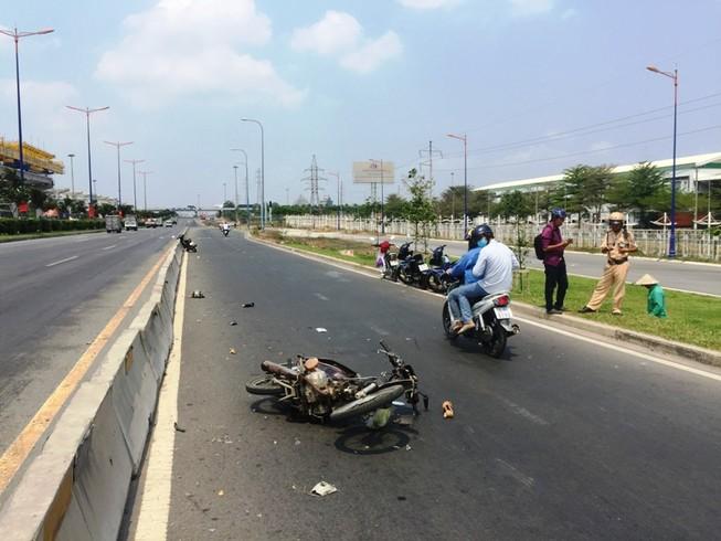 Người phụ nữ nhập viện vì đi xe máy ngược chiều