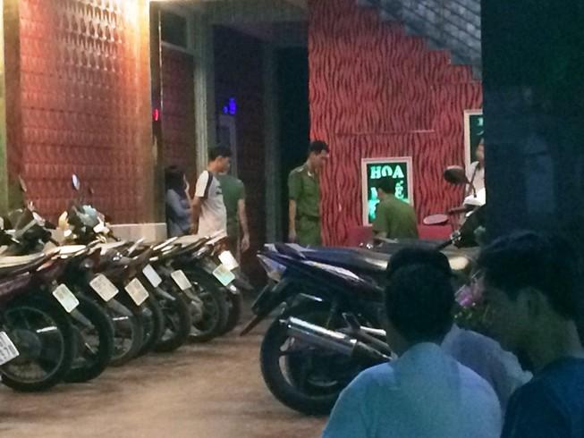 Người đàn ông bị đâm chết trong quán karaoke