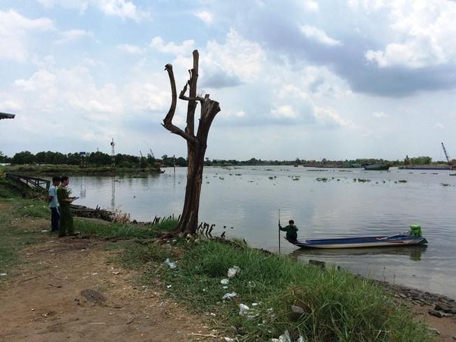 Phát hiện thi thể người đàn ông trôi trên sông Sài Gòn