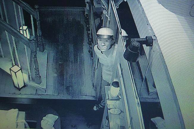 Chủ nhà hàng Nhật ở trung tâm TP.HCM bị trộm nhẫn kim cương