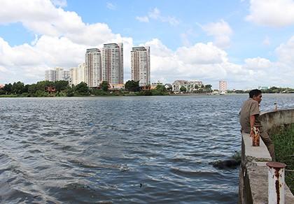 Đang câu cá trên sông Sài Gòn, phát hiện xác chết trôi