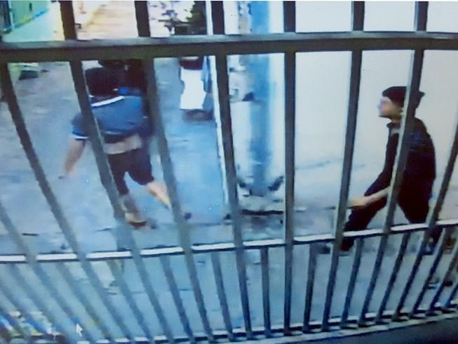 Chân dung kẻ trộm xe hiện rõ trong camera an ninh