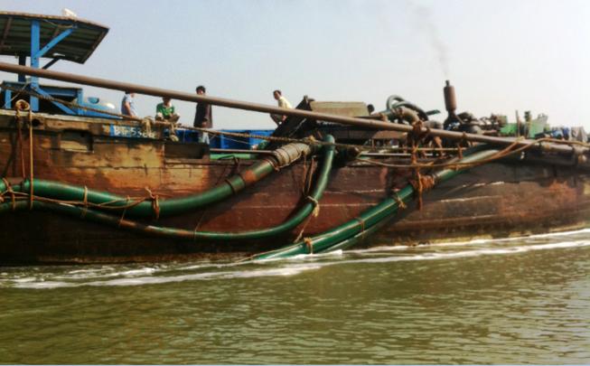 Sông Đồng Nai đang oằn mình vì ô nhiễm