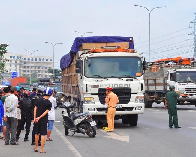 Hai chị em ruột bị xe tải cán chết thương tâm