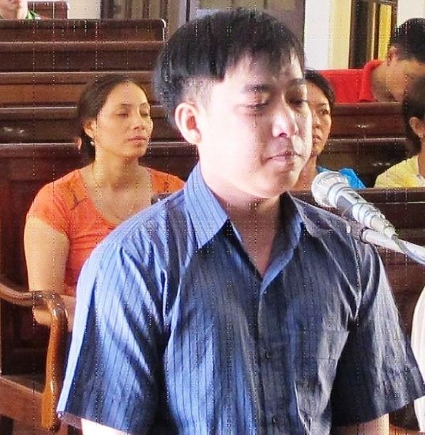 Đánh gục ba người anh vợ, lĩnh án 10 năm tù
