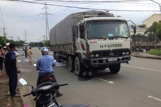 Chết thảm dưới bánh xe tải khi chở vợ sắp cưới đi làm