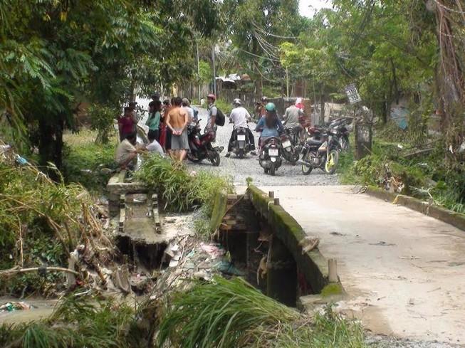 Biên Hòa mưa lớn, một người chết vì nước cuốn trôi
