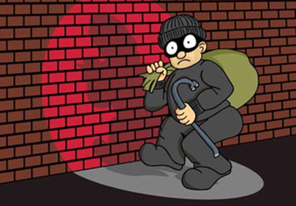 Qua nhà bạn ngủ nhờ, tiện tay trộm đồ