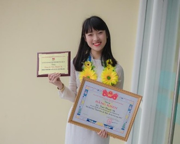Nữ sinh '7 thứ tiếng' sẽ theo học Học viện Ngoại giao Hà Nội