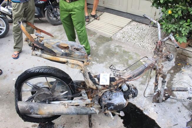 Vụ cháy ở Quận 8 khiến 2 người chết khả năng do xe máy