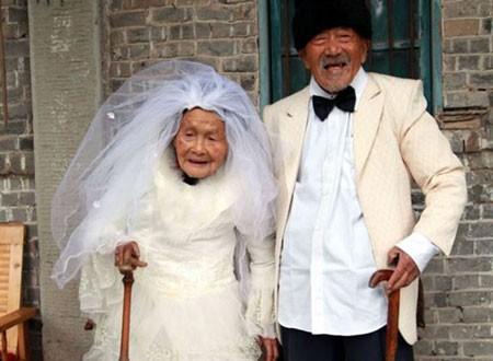 Cụ bà 71 tuổi muốn xác nhận độc thân để lấy chồng