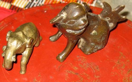 """Chuyện ly kỳ về nơi cất giữ báu vật """"voi vàng"""" của Vua Hàm Nghi"""