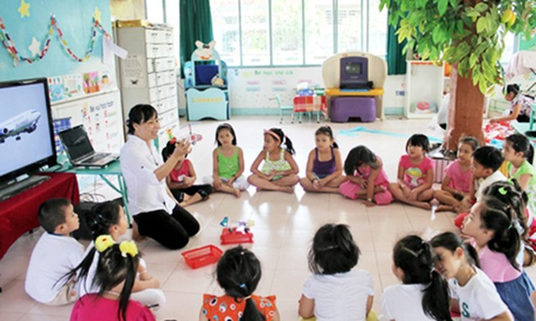 Hơn 200 giáo viên hợp đồng ở Hà Tĩnh có nguy cơ mất việc