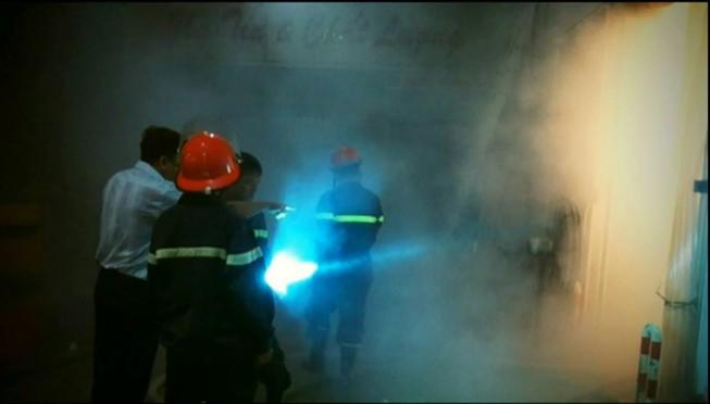 Cứu hơn 100 tấn thanh long khỏi hỏa hoạn