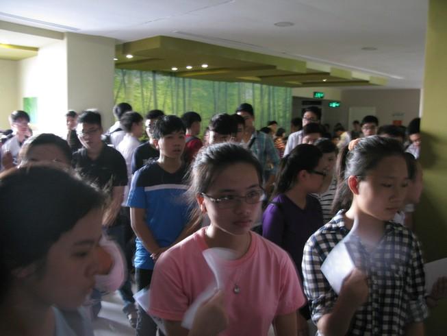 Sáng nay khoảng 5.000 thí sinh thi vào ĐH Quốc gia