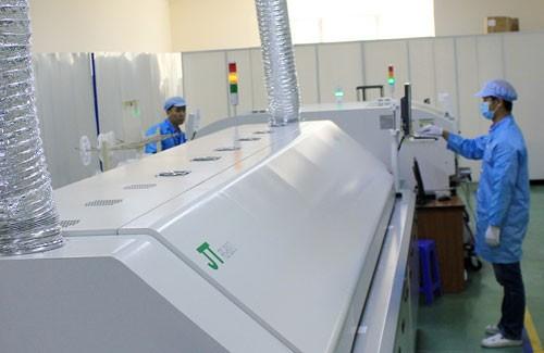 Điện Quang đạt top 50 công ty niêm yết hàng đầu Việt Nam