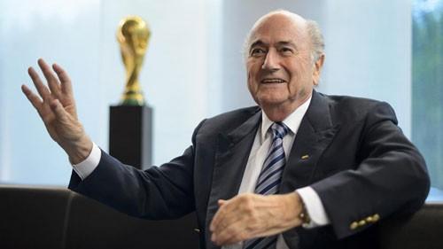 Trao cúp vàng World Cup nữ 2015: Không Blatter, không vấn đề