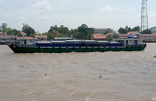 Tháo hộp đen giám sát hành trình, chiếm đoạt 400 tấn gạo