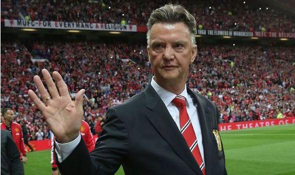 Chris Smalling: 'Van Gaal đã tìm ra công thức chiến thắng'