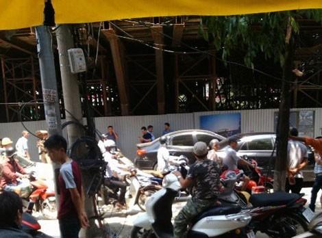 Cảnh cáo tổng thầu Trung Quốc sau sự cố thanh sắt rơi trúng ôtô