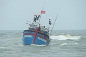 Mâu thuẫn với thuyền trưởng, ba thuyền viên nhảy xuống biển mất tích