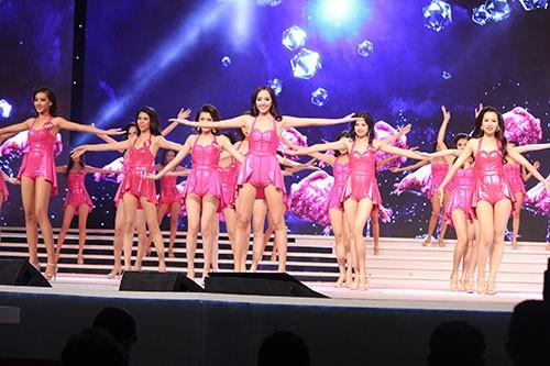 Người đẹp 'Hoa hậu Hoàn vũ VN' giảm cân trước đêm chung kết