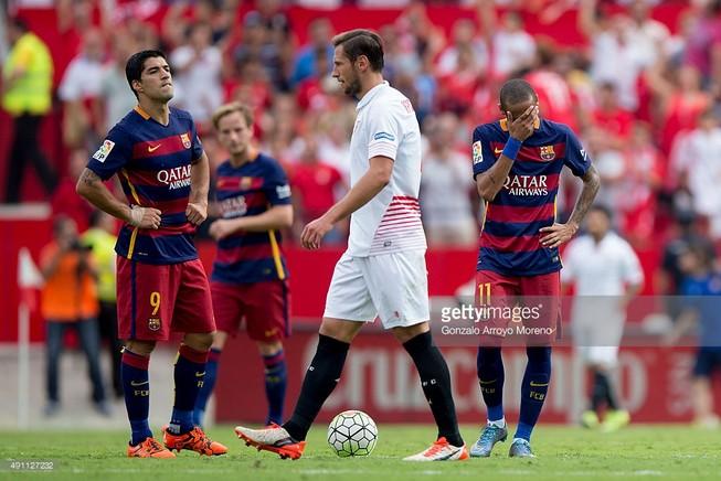 Barca thua đối thủ dưới cơ Sevilla 1-2