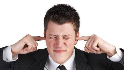 Tiếp xúc nhiều với tiếng ồn dễ gây đau tim