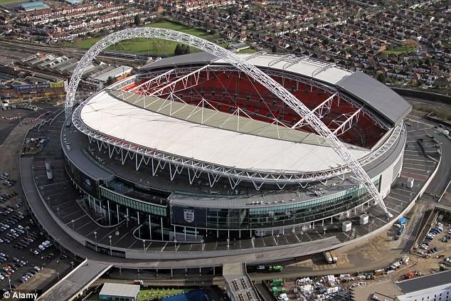 Giao hữu Anh - Pháp vẫn diễn ra tại sân Wembley