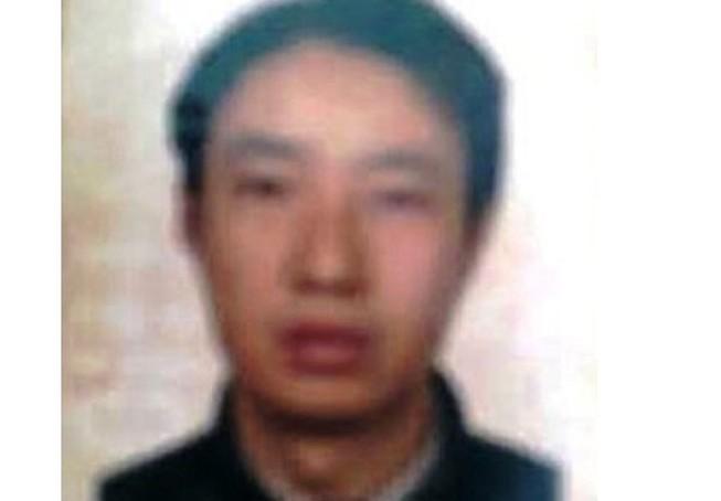 Khởi tố chàng rể ngoại quốc dùng dao truy sát gia đình vợ