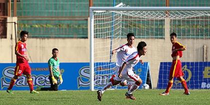 U-19: Lần trở về sân nhà đen đủi của HLV Hữu Đang