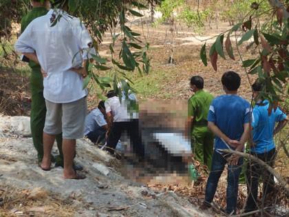 Phát hiện người đàn ông chết cháy trong bụi rậm ven đường