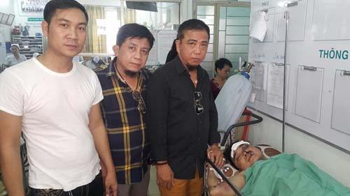 Nam ca sĩ Việt bị tai nạn mất 1 cánh tay