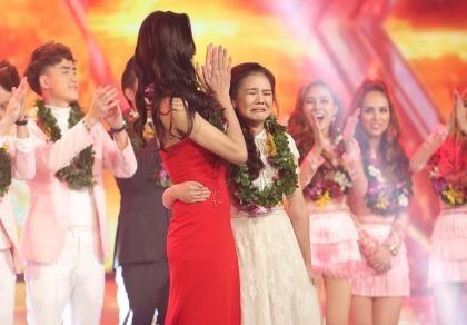 Cô gái 17 tuổi Minh Như đoạt quán quân X Factor
