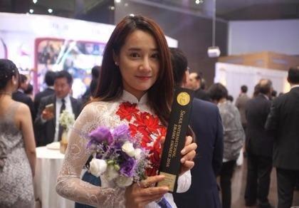 Hình ảnh Nhã Phương được vinh danh tại Hàn Quốc
