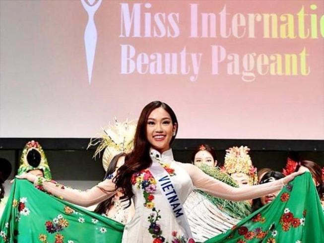 Phương Linh đoạt danh hiệu Đại sứ du lịch Nhật Bản